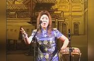 郭德纲夫人王惠的京韵大鼓唱得韵味十足,难道老郭说鼓曲是家传的